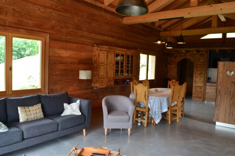 Appartement dans chalet Les Greniers Salon Châtel Montagne