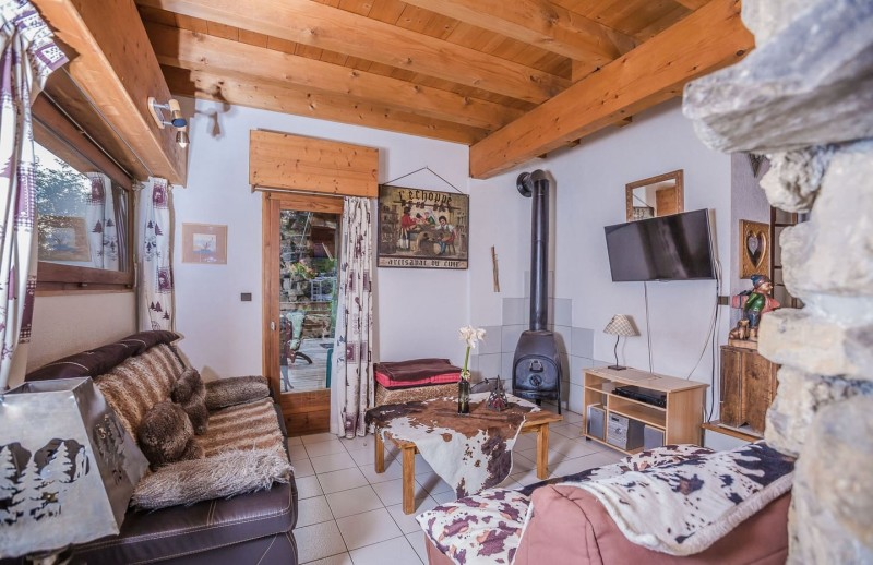 Appartement La Couqueille Salon Châtel France