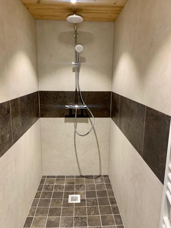 Appartement le Terroit 01B Salle de bain Châtel 74