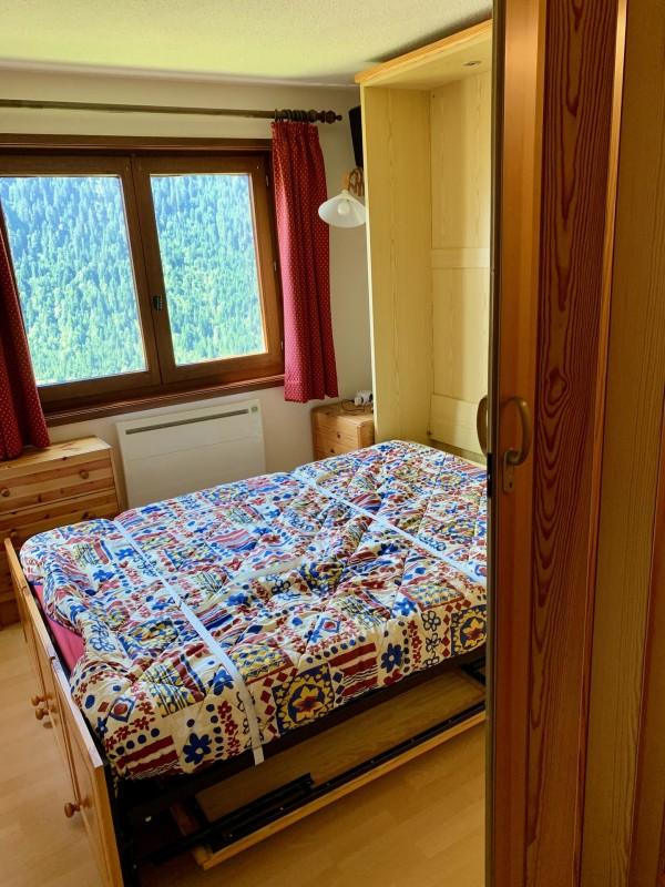 Appartement les sorbiers n°7, séjour avec lit double rabattable, Châtel Portes du Soleil
