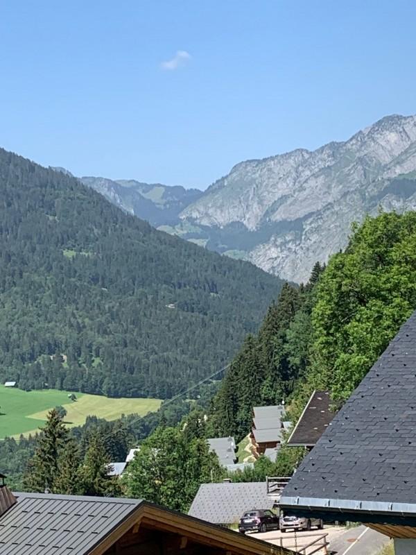Appartement les sorbiers n°7, Vue depuis le balcon en été, Châtel Haute Savoie