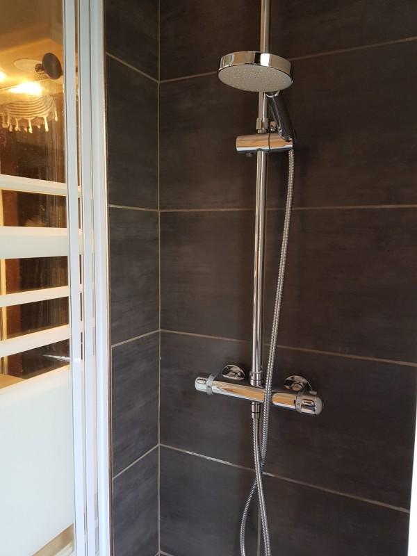 Appartement Les Voinettes 26A, Douche Châtel