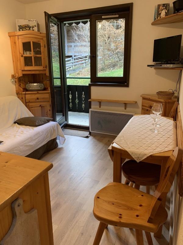 Appartement Les Voinettes 26A, Salon Châtel 2
