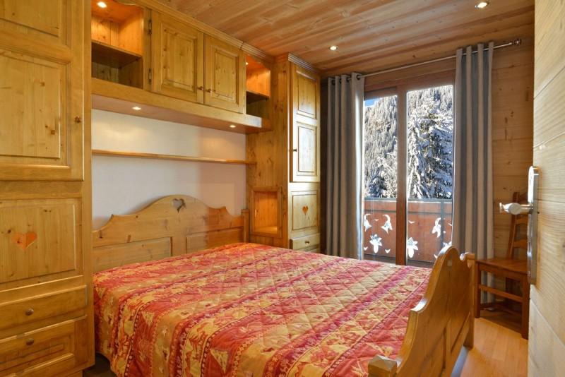 Appartement n°2 dans chalet l'EPICEA, Chambre Châtel