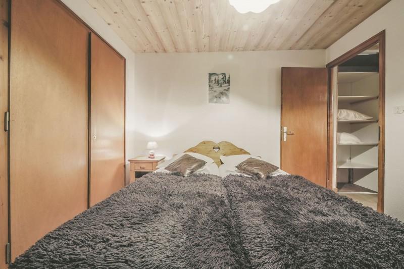 Appartement n°4 dans résidence Lou Candres, Chambre n°2 avec lit double, Châtel Alpes du nord
