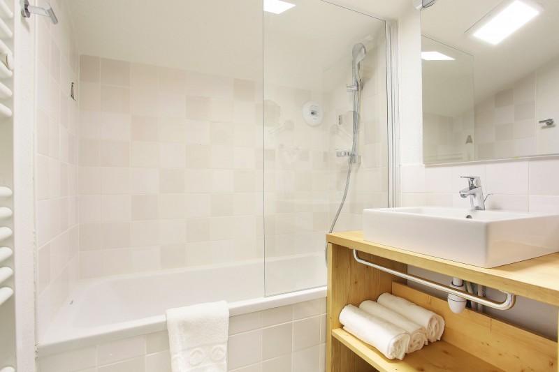 appartement Odalys Ferme de Châtel salle de bains