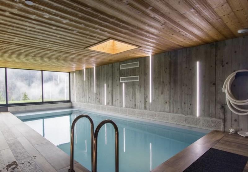 Chalet du Saix piscine intérieure Châtel