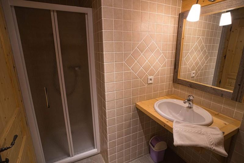 Chalet La Cascade salle de bain Châtel 2