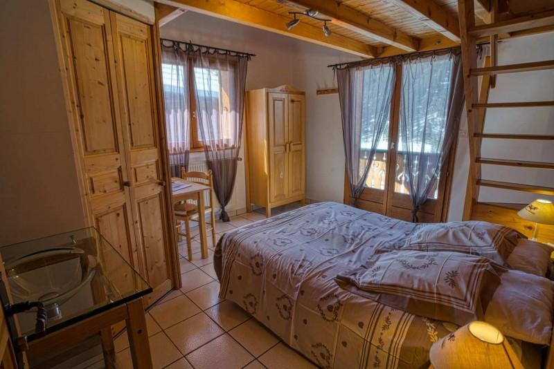 chalet la Savoyarde chambre  Châtel  famille vacances