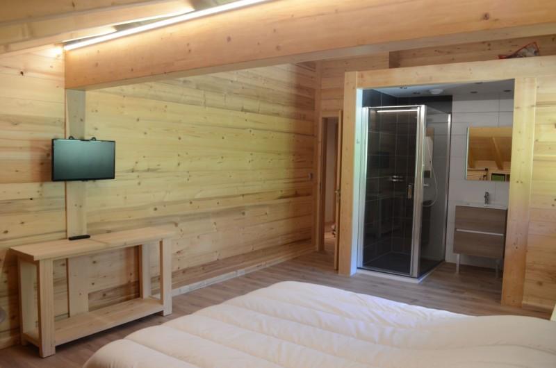 Chalet les sources, Chambre 1 lit double à l'étage, Châtel Portes du Soleil