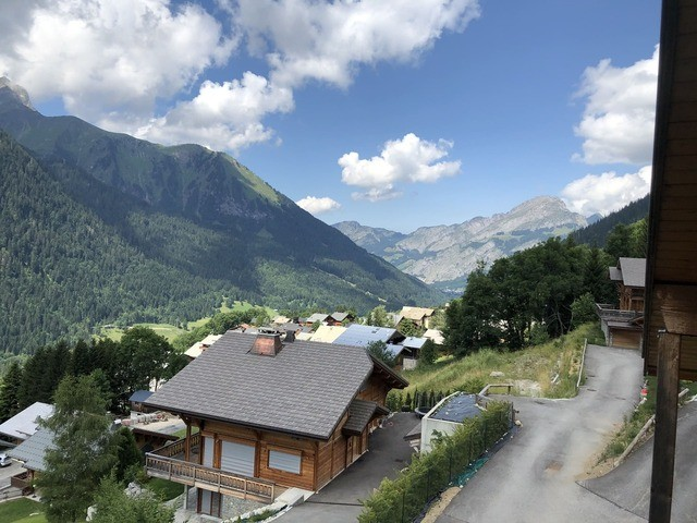 Chalet Les Tournesols Châtel village1