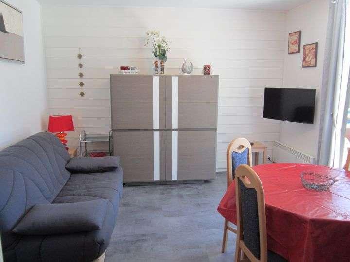 chatel-2013-3-25744