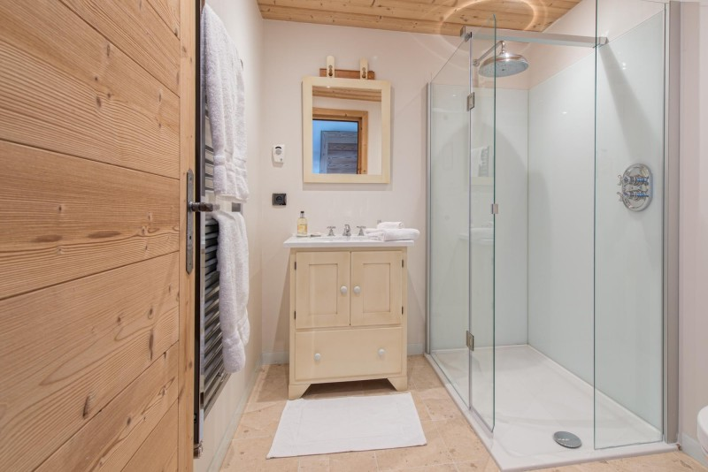 cream-bathroom-1-3498121